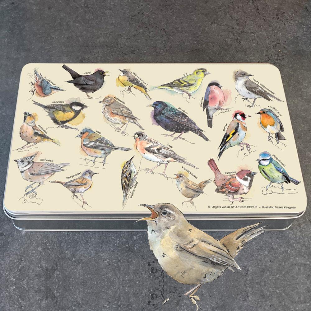 Koekblik zangvogels in de tuin